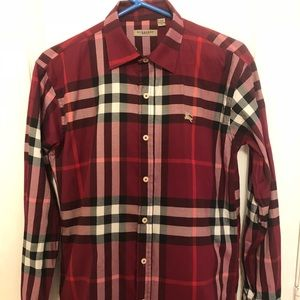 BURBERRY BUTTON DOWN GENTLY USED SIZE :S